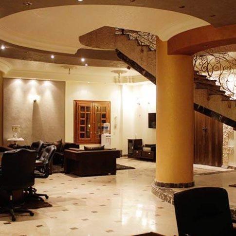 الاقامة الفندقية المتميزة